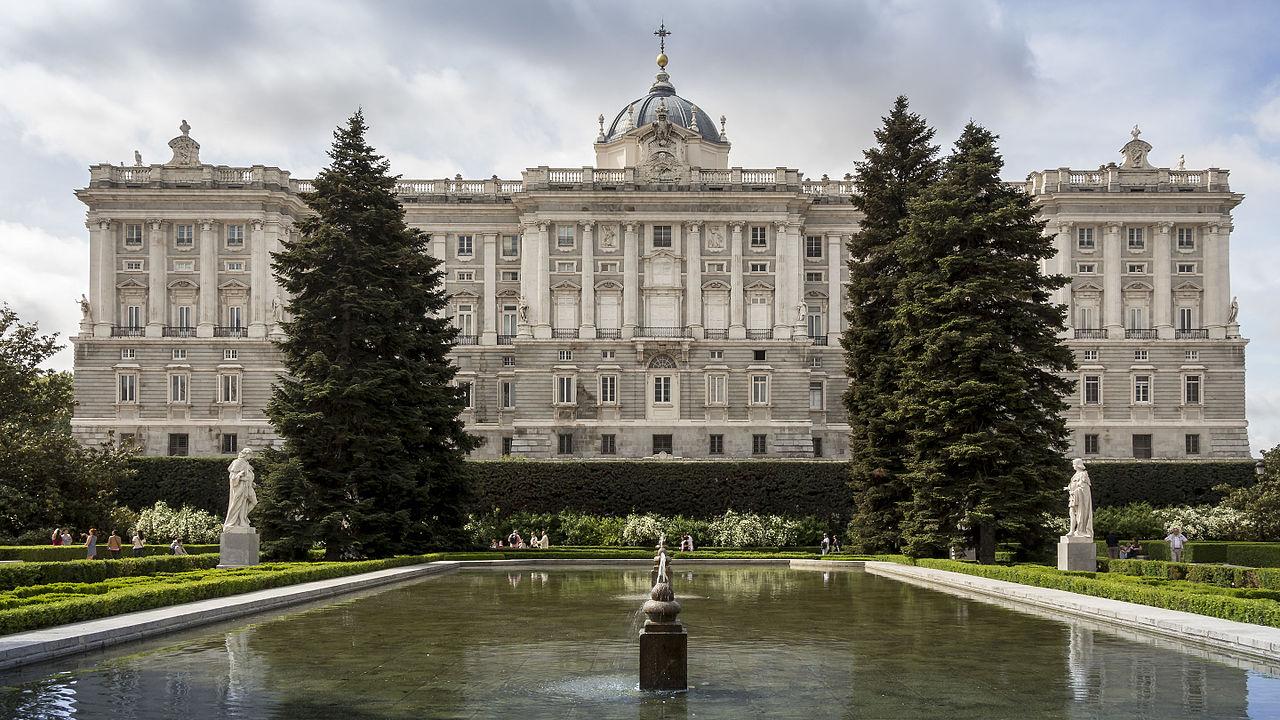 korolevskij_dvorec_v_madride_ispaniya__istoriya_ekskursii_ekspozicii